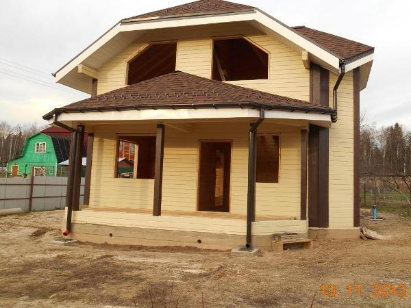 Начато строительство дома из клееного бруса размером 12,5х12 м в Волоколамском районе